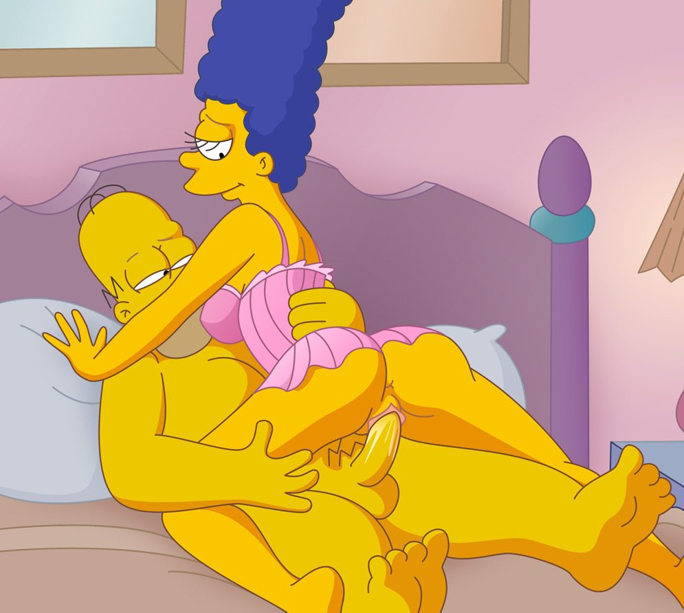Marge Simpson follando con homero